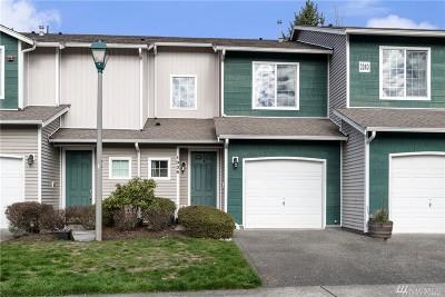 Renton Condo/Townhouse For Sale: 3240 SE 12th St #1036