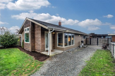 Seattle Single Family Home For Sale: 2206 Walnut Ave SW