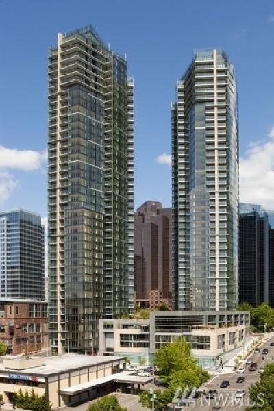Bellevue Condo/Townhouse For Sale: 10700 NE 4th St #2906