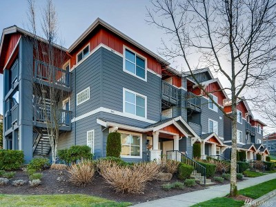 Issaquah Condo/Townhouse For Sale: 1696 25th Ave NE #I301
