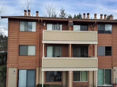 SeaTac Condo/Townhouse For Sale: 4802 S 187th Place #A205