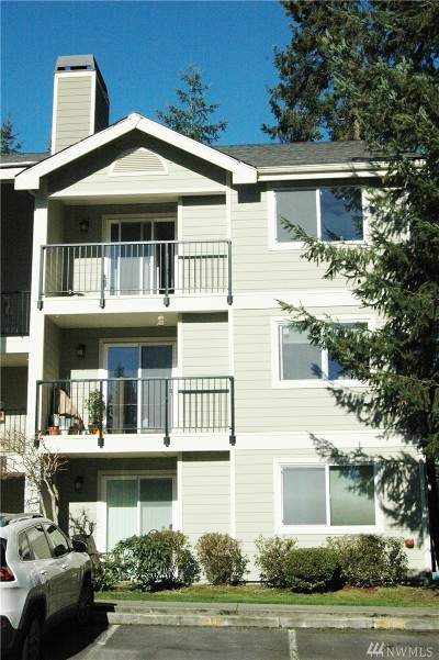 Lynnwood Condo/Townhouse For Sale: 6531 200th St SW #304