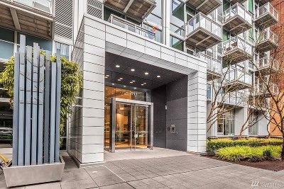 Seattle Condo/Townhouse For Sale: 2911 2nd Ave #709