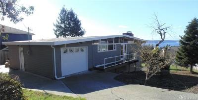 Tacoma Single Family Home For Sale: 5120 Caledonia Rd NE