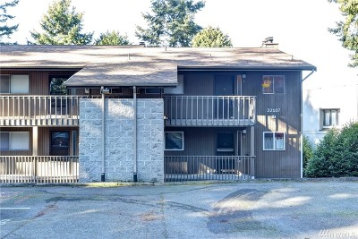 Mountlake Terrace Condo/Townhouse For Sale: 22107 66th Ave W #8D