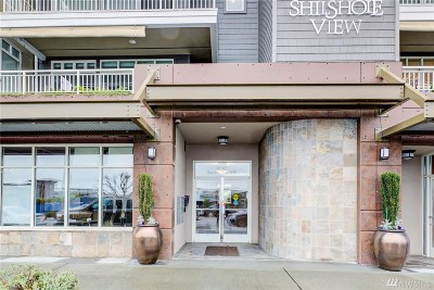Seattle Condo/Townhouse For Sale: 6042 Seaview Ave NW #203