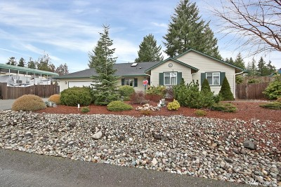 Allyn Single Family Home For Sale: 161 E Warbler Ct