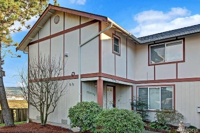 Monroe WA Condo/Townhouse For Sale: $179,900