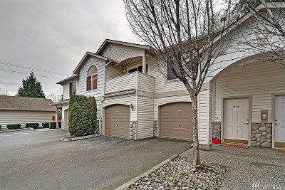 Bothell Condo/Townhouse For Sale: 2201 192nd St SE #Y203