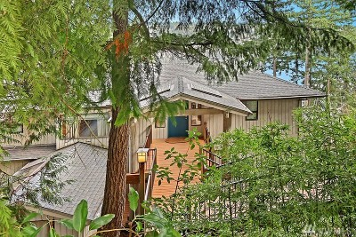 Redmond Single Family Home For Sale: 2140 W Lake Sammamish Pkwy NE