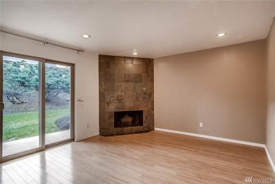 Kirkland Condo/Townhouse For Sale: 12423 NE 145th Pl #B152