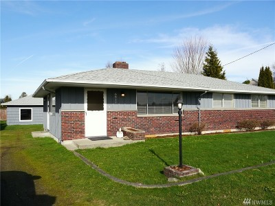 Puyallup WA Single Family Home For Sale: $297,000