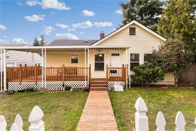 Seattle Single Family Home For Sale: 8527 Densmore Ave N