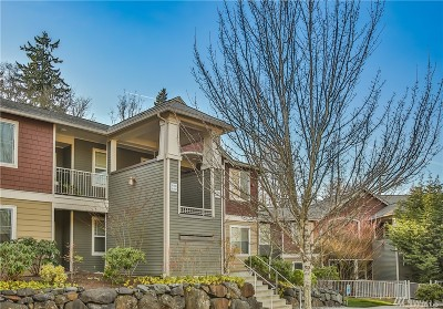 Lynnwood Condo/Townhouse For Sale: 15302 40th Ave W #3-204