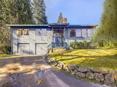 Bellevue Single Family Home For Sale: 3323 102nd Ave NE