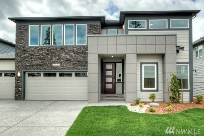 Bothell Condo/Townhouse For Sale: 107 194th Place SW #11
