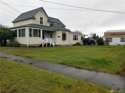 Centralia Single Family Home For Sale: 405 S Gold St.