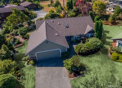 Lynnwood Single Family Home For Sale: 818 169th Place SW