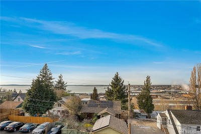 Bellingham WA Condo/Townhouse For Sale: $350,000