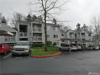 King County Condo/Townhouse For Sale: 975 Aberdeen Ave NE #F-106