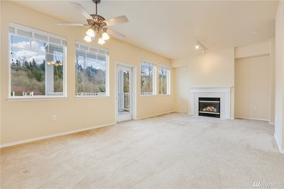 Bothell Condo/Townhouse For Sale: 17426 Bothell Wy NE #A308