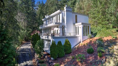 Bellevue Single Family Home For Sale: 1121 W Lk Sammamish Pkwy