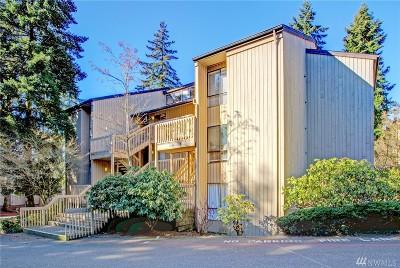 Bellevue Condo/Townhouse For Sale: 10922 NE 34th Place #5