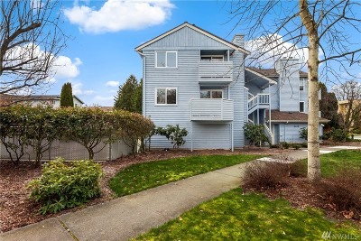 Seattle Condo/Townhouse For Sale: 9242 Woodlawn Ave N #B