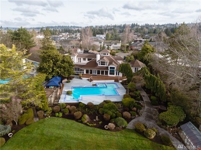 Bellevue Single Family Home For Sale: 70 Cascade Key