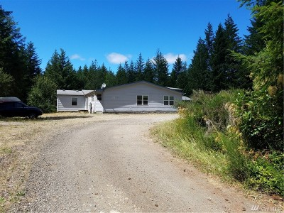 Belfair Single Family Home For Sale: 351 E Bucktail View