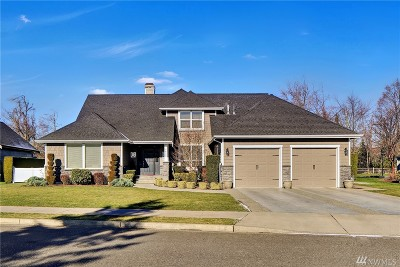 Lynden Single Family Home Sold: 1855 N Bridgeview Dr