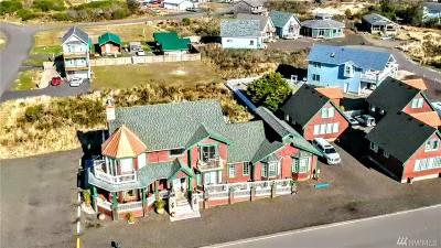 Grays Harbor County Single Family Home For Sale: 318 Marina Ct SE #Lot2