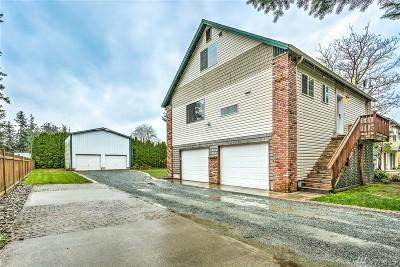 Burlington Single Family Home Pending: 1580 Monroe St