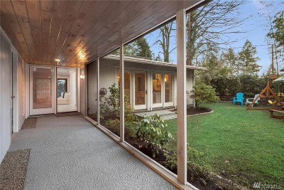 Issaquah Single Family Home For Sale: 351 SW Forest Dr