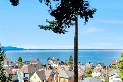 Bellingham Single Family Home For Sale: 135 S Garden Terrace