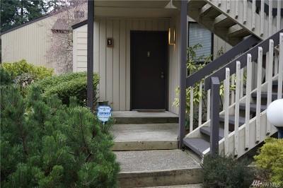 Bellevue Condo/Townhouse For Sale: 10919 NE 35th Place #1