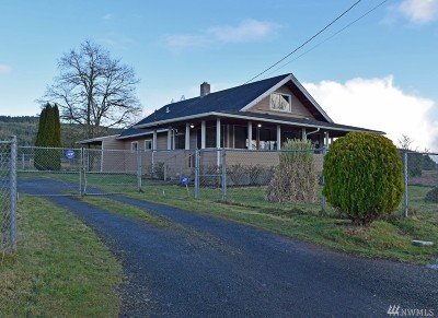 Chehalis Single Family Home For Sale: 247 Lake Creek Rd