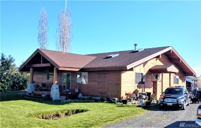 Centralia Single Family Home For Sale: 2900 Yahtahay Lane