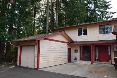 Chehalis Single Family Home For Sale: 371 Valley View Wy SE
