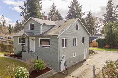 Seattle Single Family Home For Sale: 2639 SW 106th St