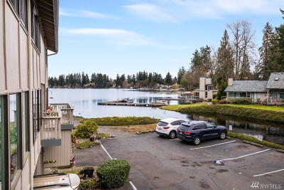 Spanaway Condo/Townhouse Contingent: 17303 Spanaway Loop Rd S #21