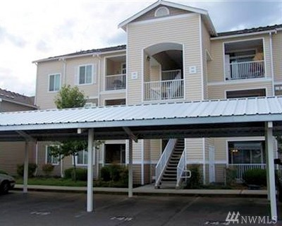 Puyallup Condo/Townhouse For Sale: 10109 186th St E #245