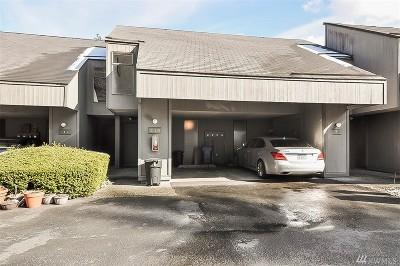 Redmond Condo/Townhouse For Sale: 6582 137th Ave NE #416