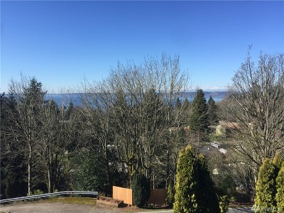Federal Way Condo/Townhouse For Sale: 28602 16th Ave S #204