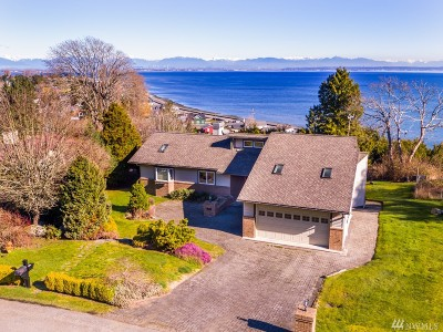 Point Roberts Single Family Home For Sale: 2180 Wicklow Place