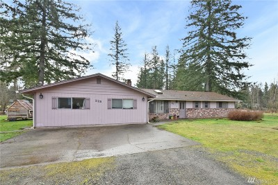 Tenino Single Family Home For Sale: 225 142nd Ave SW