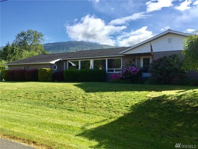 Sedro Woolley Single Family Home For Sale: 7557 Alpine Lane