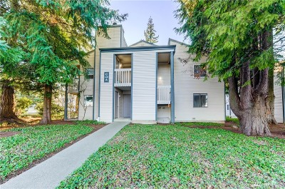 Mountlake Terrace Condo/Townhouse For Sale: 4401 216th St SW #A