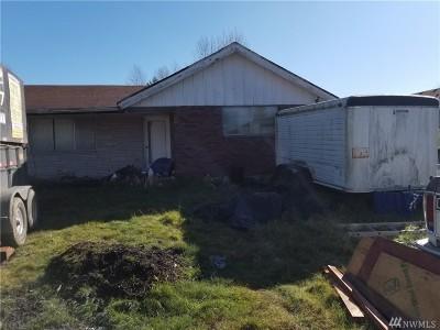 Tacoma Single Family Home For Sale: 12621 8th Ave E