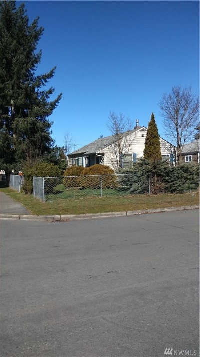 Tacoma Single Family Home For Sale: 6865 Mullen St